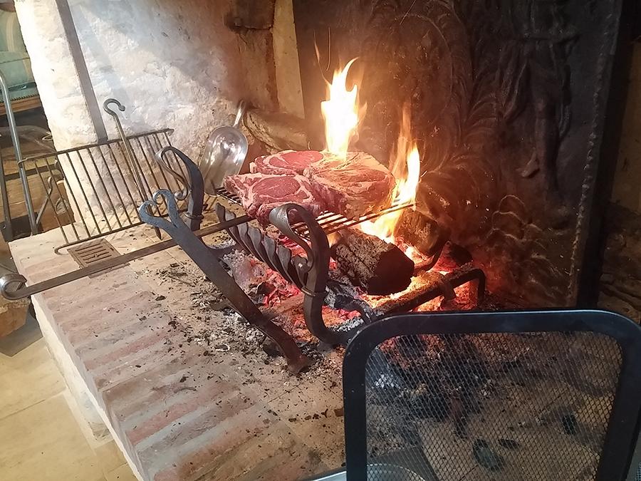 Côte au feu de bois